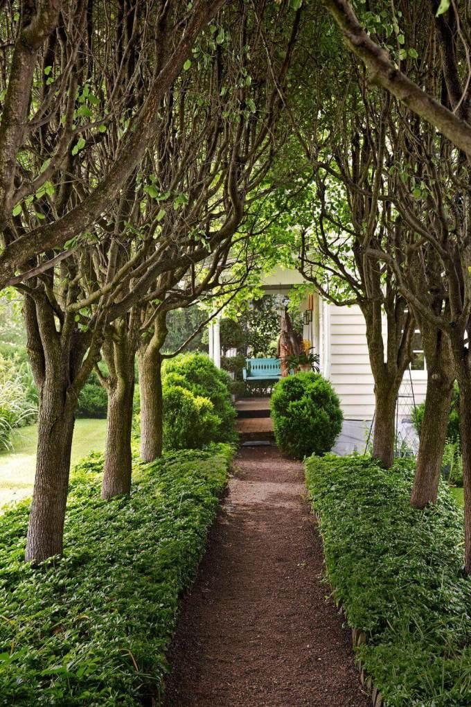 Backyard Landscaping Ideas - Make an Entrance - harpmagazine.com