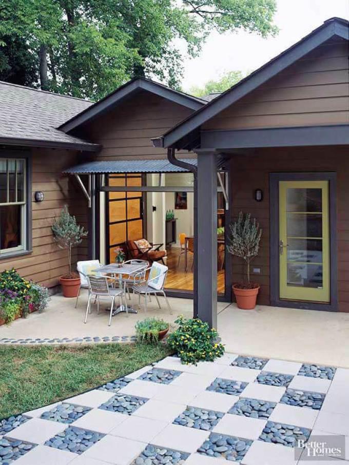Backyard Landscaping Ideas - Light a Fire - harpmagazine.com