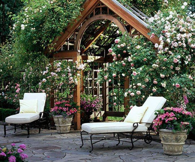 Backyard Landscaping Ideas - Make a Grand Entrance - harpmagazine.com