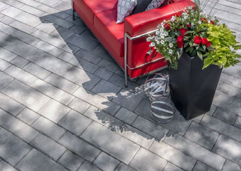 Paver Patio Ideas - Vibrant Contemporary Design - harpmagazine.com