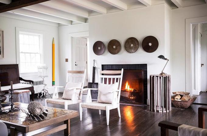 Rustic Chic Living Rooms Ideas - Soft Glow Driftwood - harpmagazine.com
