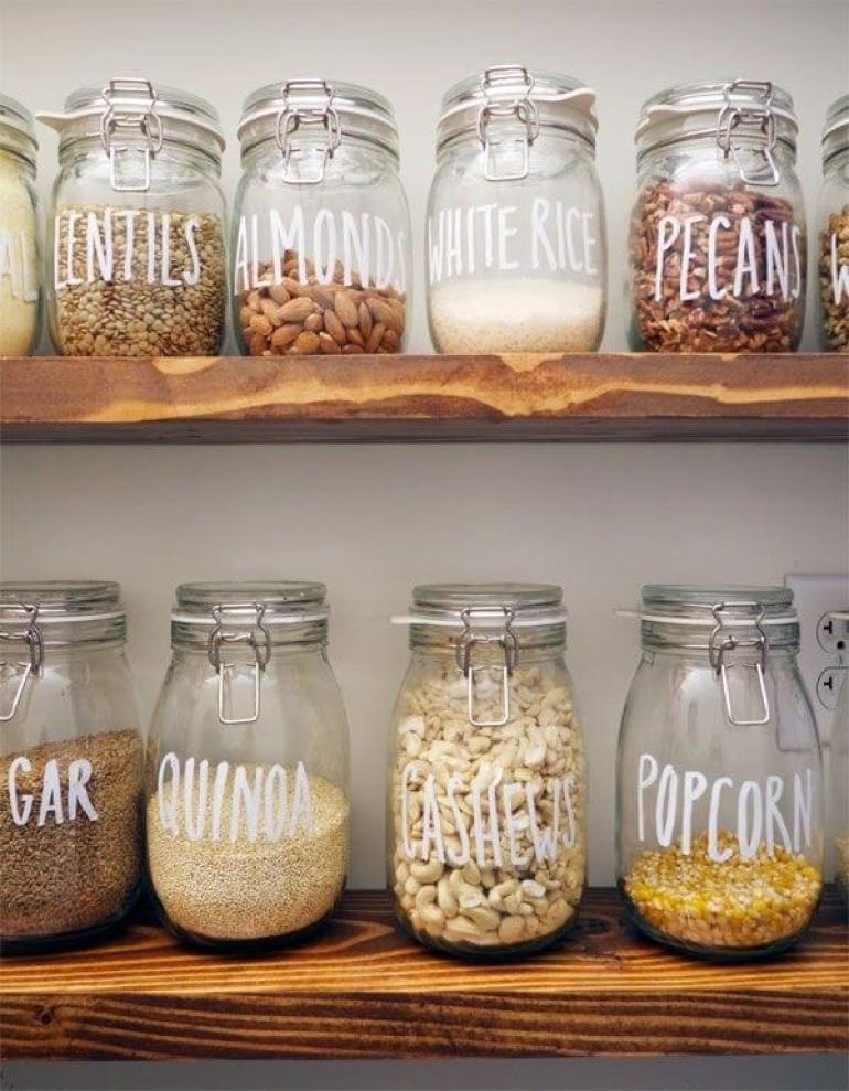 Farmhouse Kitchen Decor Design Ideas - Clamp Lid Canning Jars for Dry Goods Organization - harpmagazine.com