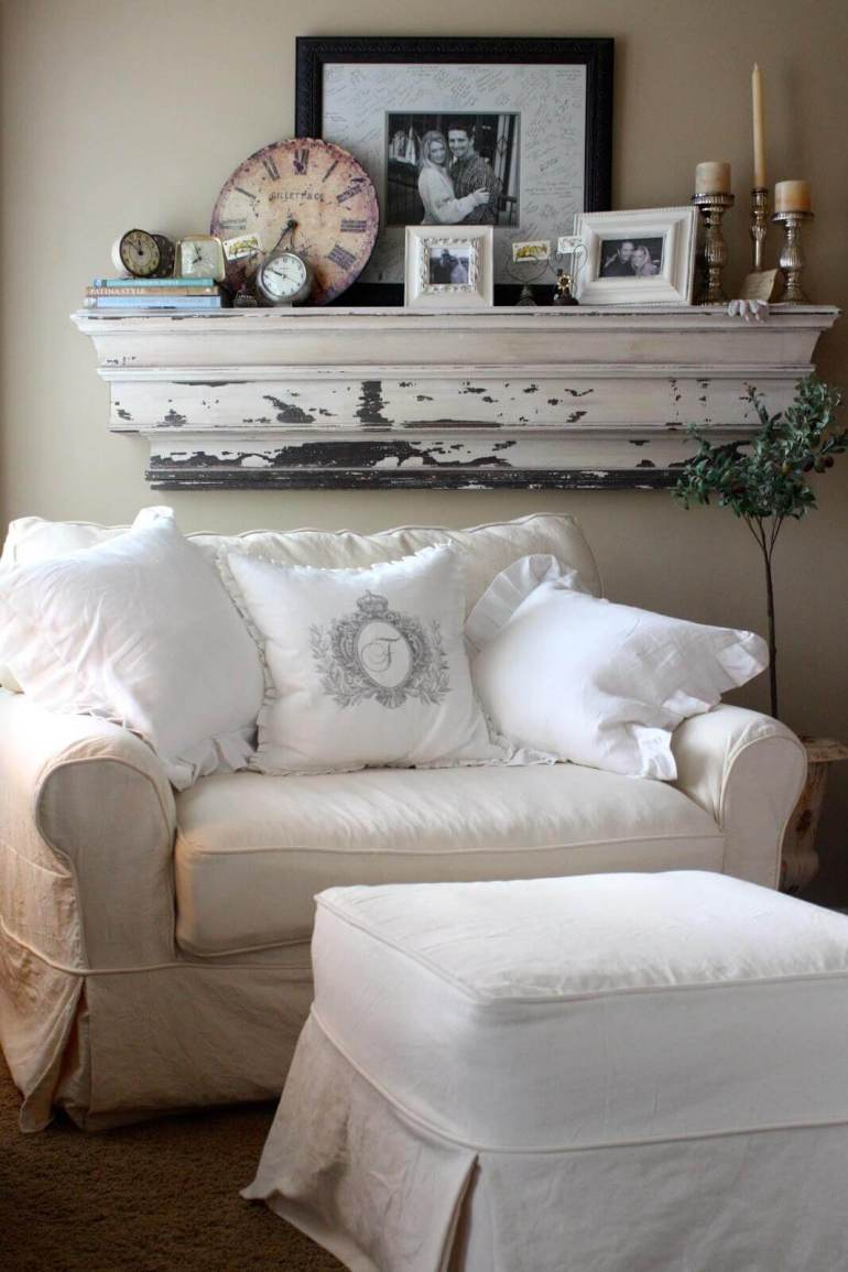 French Country Decor Ideas - Cozy Linen Slipcover Loveseat with Overstuffed Pillows - Harpmagazine.com