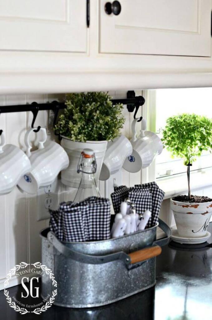 Farmhouse Kitchen Decor Design Ideas - Galvanized Metal Cutlery and Linens Caddy - harpmagazine.com