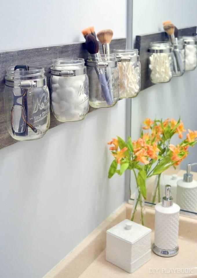 Rustic Bathroom Decor Ideas - Mason Jar Storage Board - harpmagazine.com