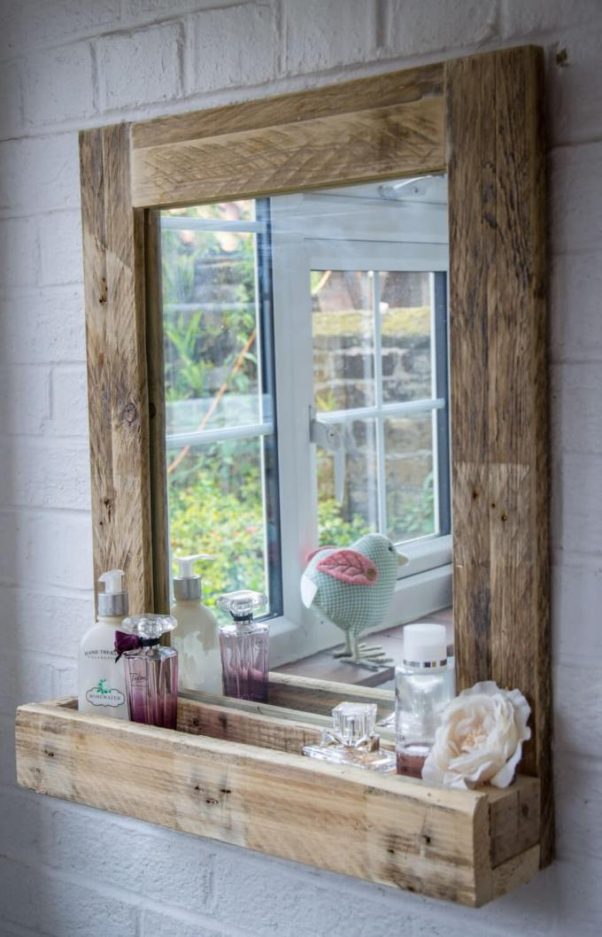 Rustic Bathroom Decor Ideas - Pallet Wood Mirror Frame with Storage - harpmagazine.com