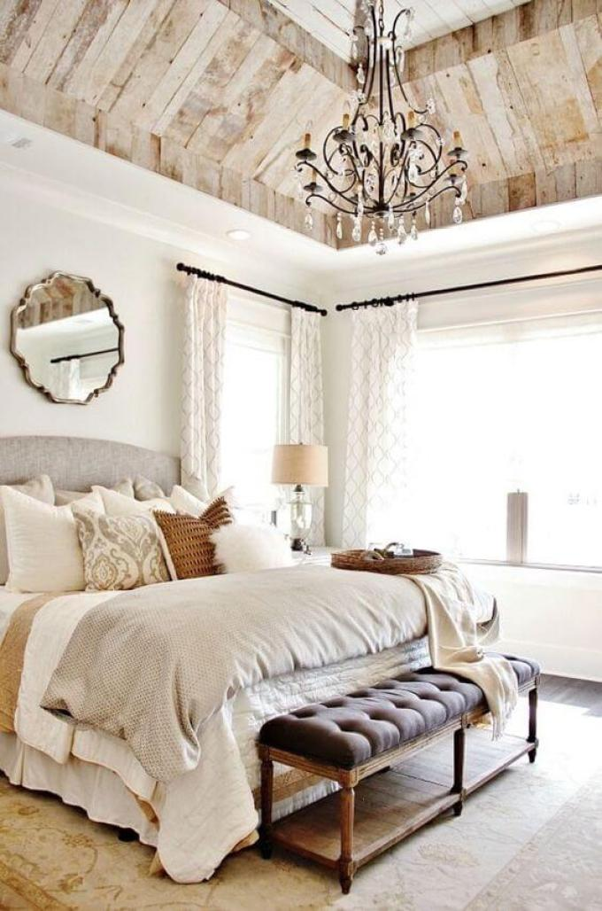 French Country Decor A Dramatic Master Bedroom - Harppost.com