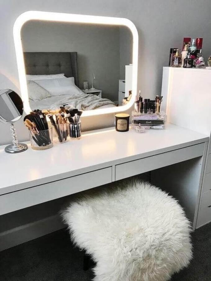 Modern Makeup Room Ideas - Harppost.com
