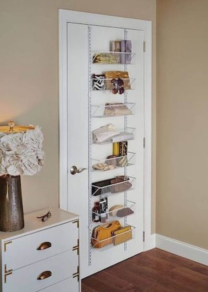 Small Bedroom Ideas with Door Mounted Racks - Harppost.com