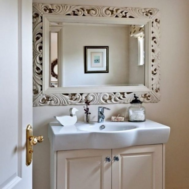 Bathroom Accent Wall Ideas for Classic Bathroom - Harptimes.com