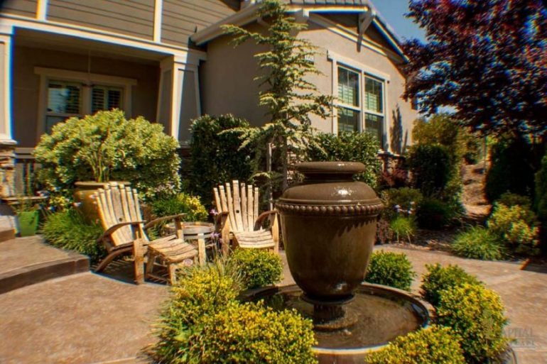 Simple Front Yard Landscaping Ideas - What Rules the Front Yard - Harptimes.com