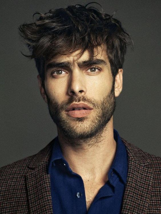 Best Medium Length Hairstyles Men - Messy Tousled Hairstyle for Men - Harptimes.com