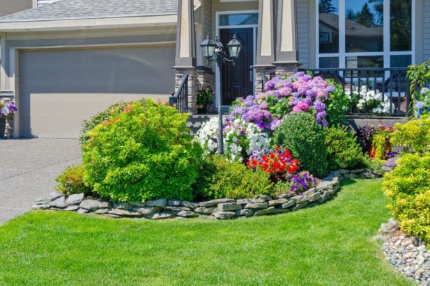 Small Front Yard Landscaping Ideas The Colorful Gangs - Harptimes.com