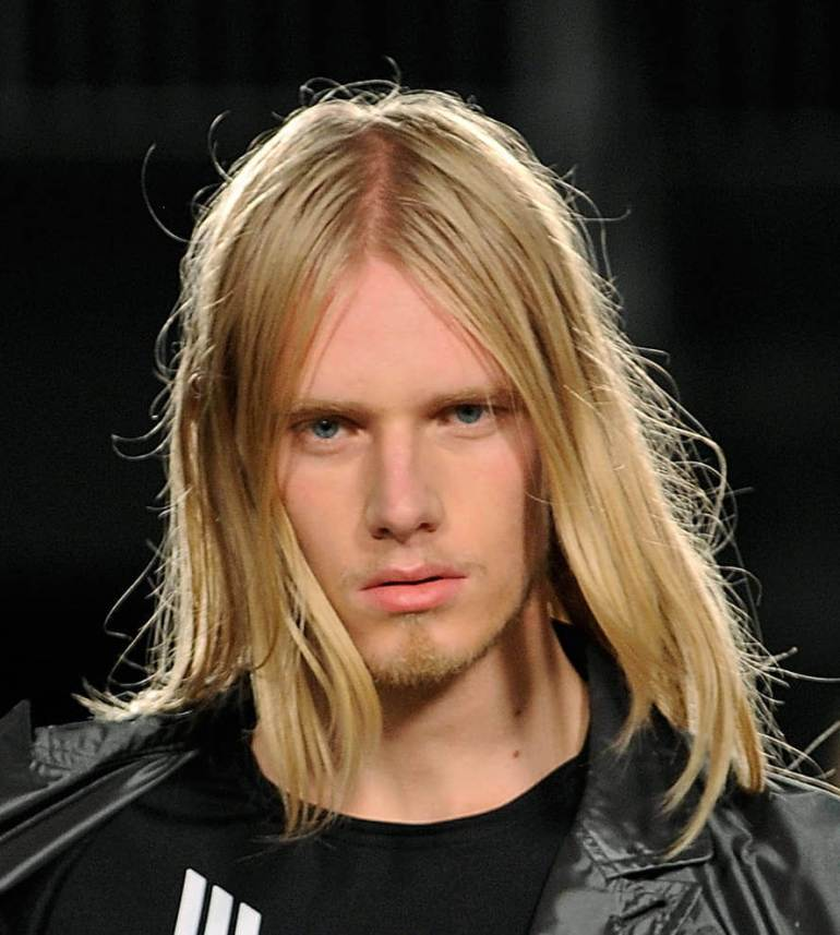 Middle Parted Long Hairstyles for Men - Harptimes.com