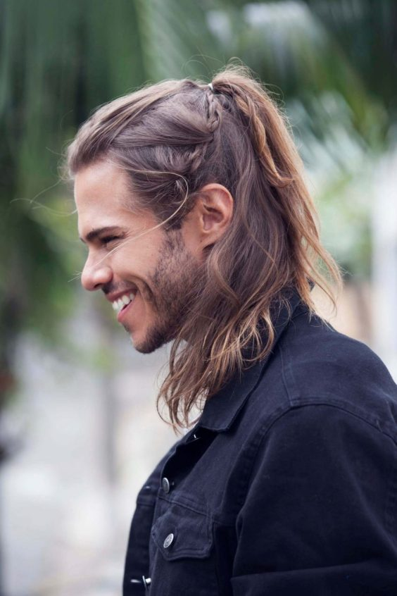 Long Hairstyles for Men - Ponytail Hairstyle For Men - Harptimes.com
