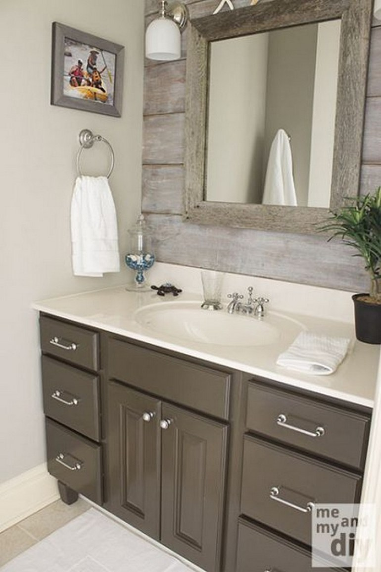 14. Bathroom Mirror Ideas with Barnwood Frame - Harptimes.com