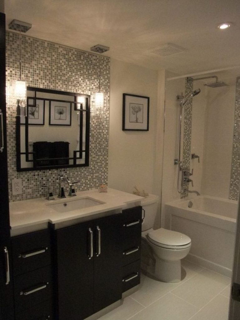4. Attractive Bathroom Mirror Ideas with Unique Frame - Harptimes.com