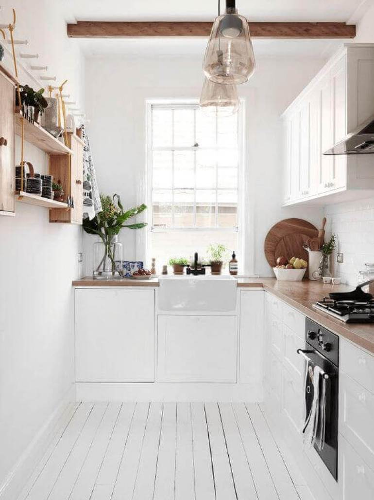 kitchen decor ideas modern - 24. Bright Narrow Kitchen Design - Harptimes.com
