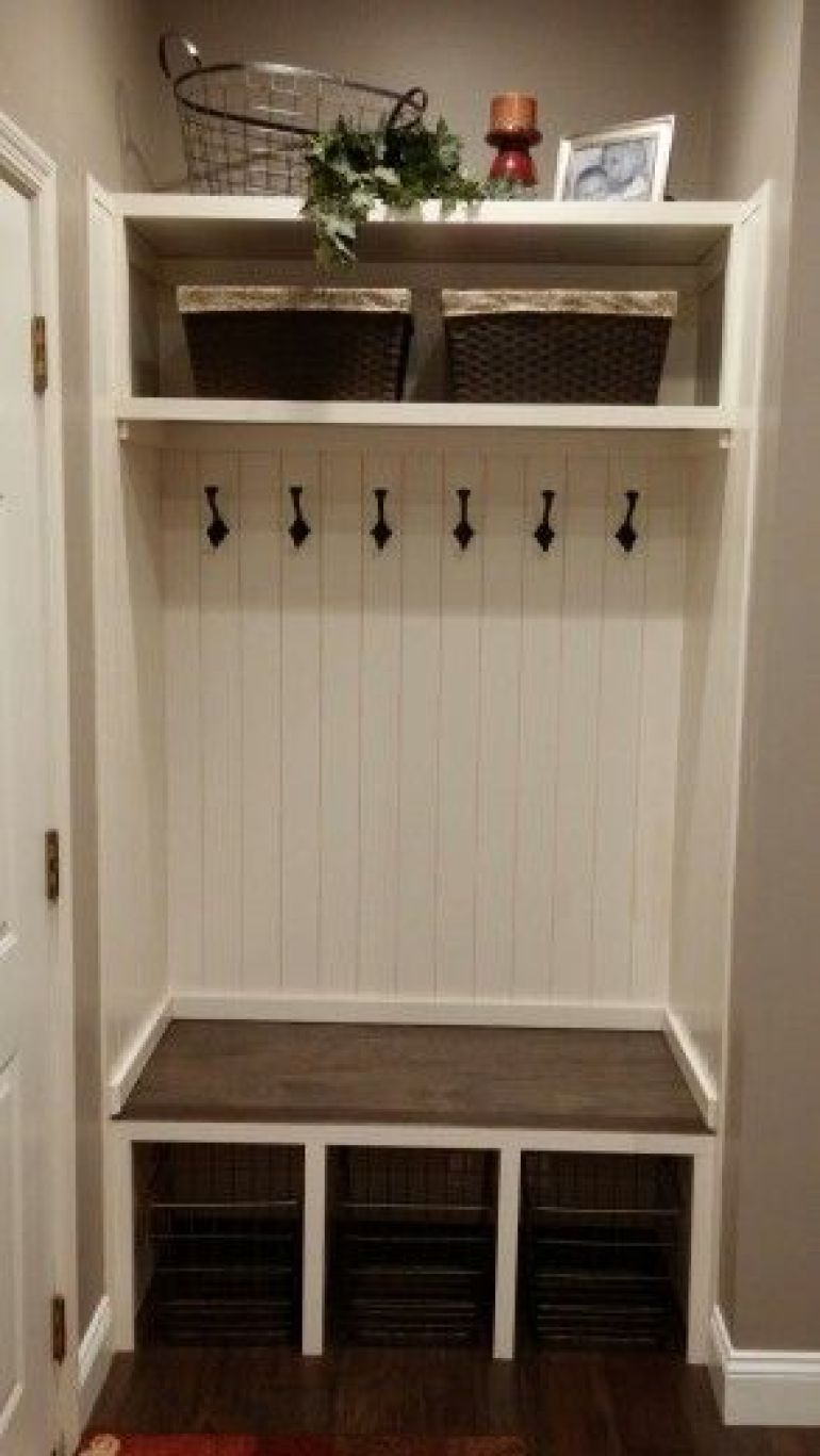 14. Modern Farmhouse Mudroom Ideas - Harptimes.com