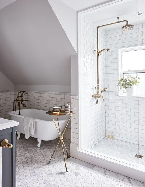 White Master Bathroom Ideas with Brass Plumbing - Harptimes.com