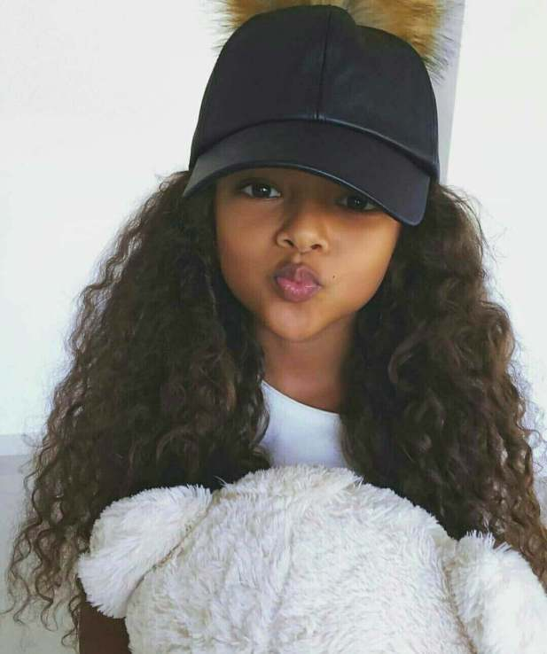 Little Black Girl Hairstyles Loose Curly Hair with Funky Hat