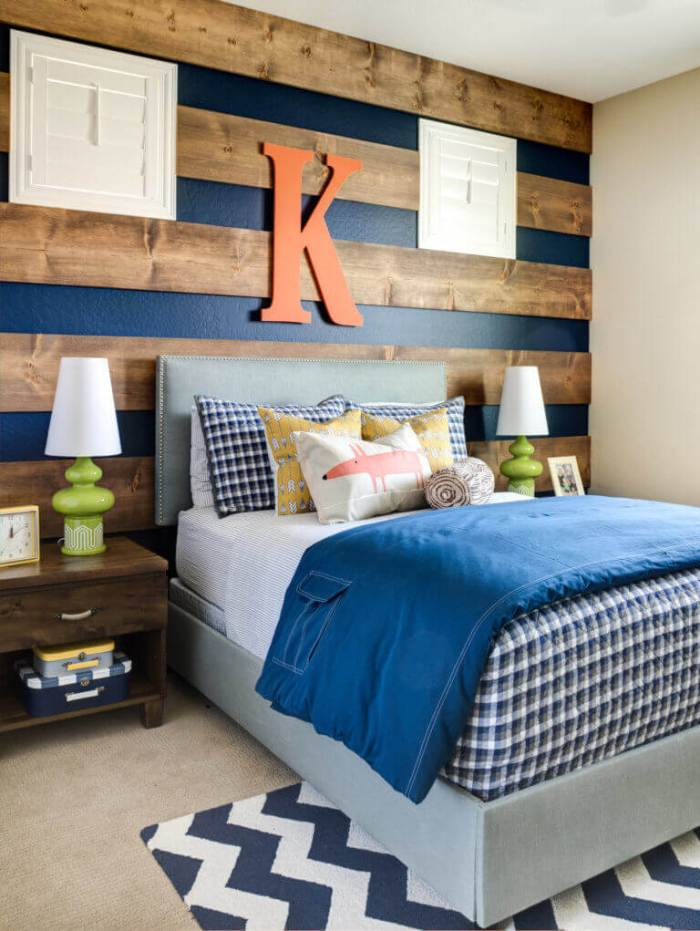 Striped Wood Accent Wall Bedroom Ideas