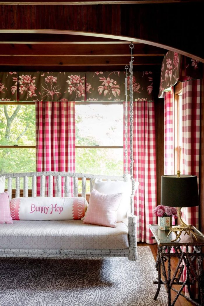 Sweet Pink Checkered Curtain Design Living Room Ideas - Harptimes.com