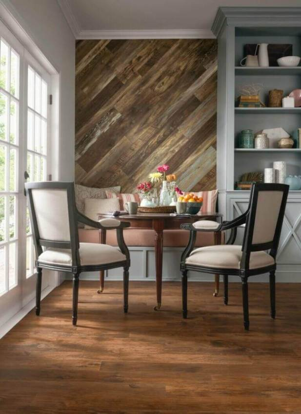 Wood Accent Wall Ideas Feature in Dining Room