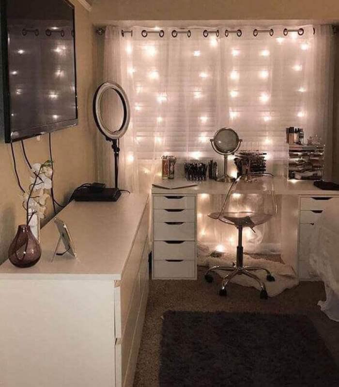 Lighting for Makeup Room Ideas - Harptimes.com
