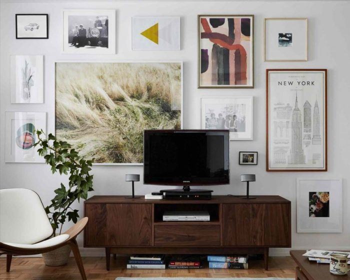 Wall Gallery Ideas for TV Camouflage