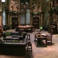 Corner Living Room Table Walnut Black Gloss Furniture You Have Found A Of The Slytherin Common Audio ...