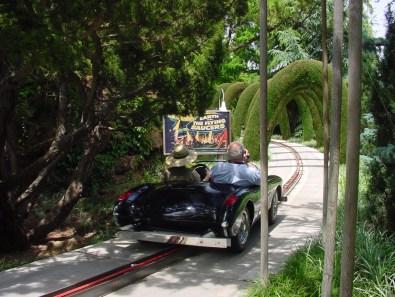 Earth vs the Flying Saucers at Bonfante Gardens