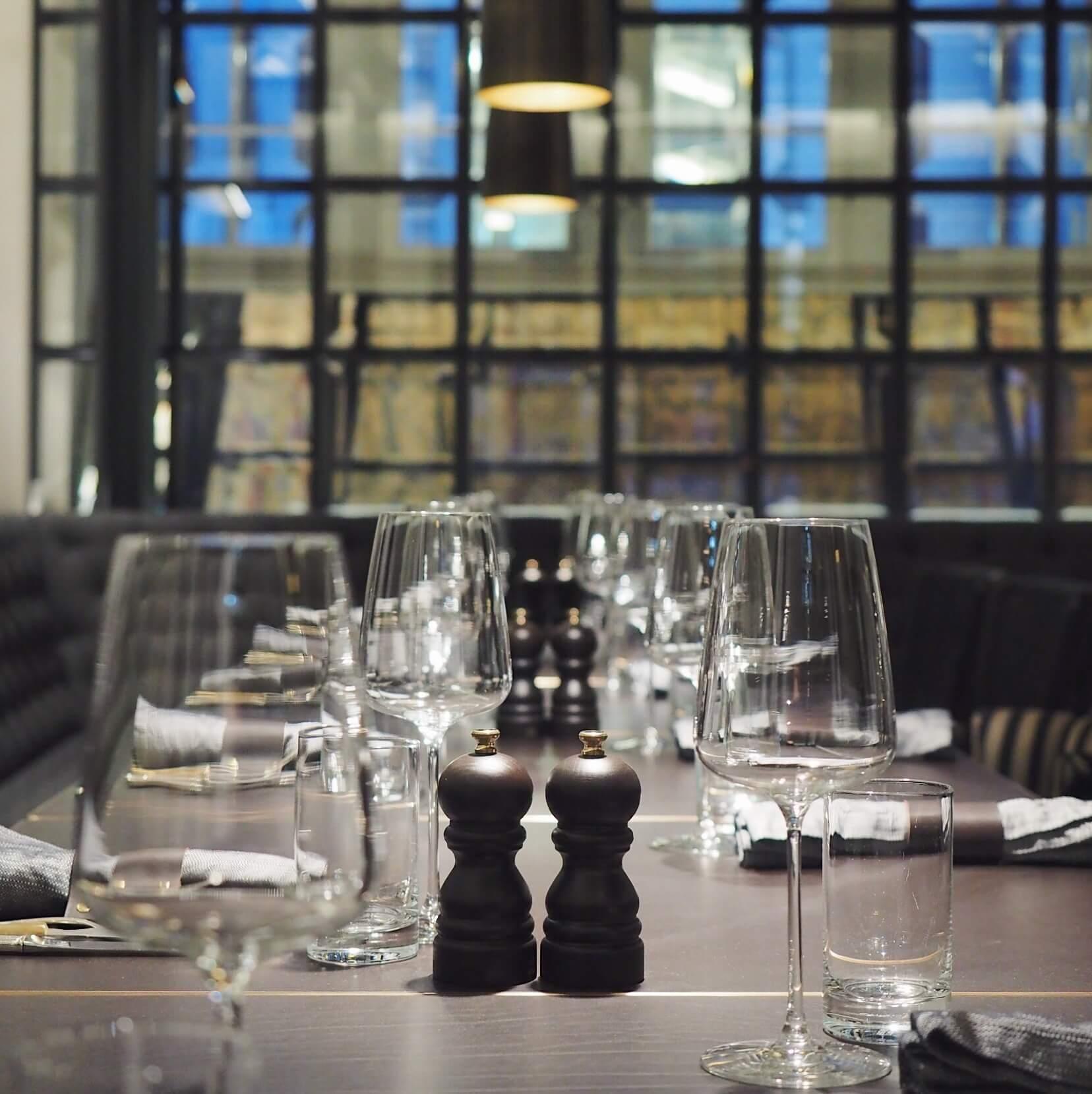 Best Of Bar and Kitchen Home Design Ideas : Widder Bar and Kitchen Zuerich from www.joenboutlet.us size 1656 x 1659 jpeg 170kB