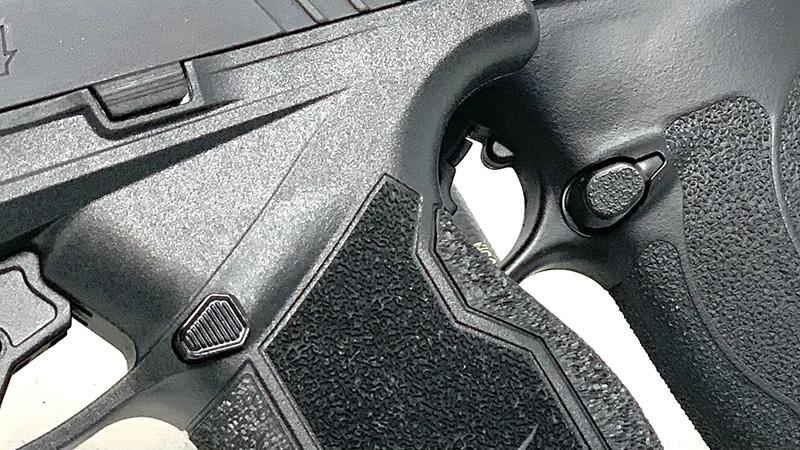 SW Shield Plus vs Taurus GX4 Magazine Releases