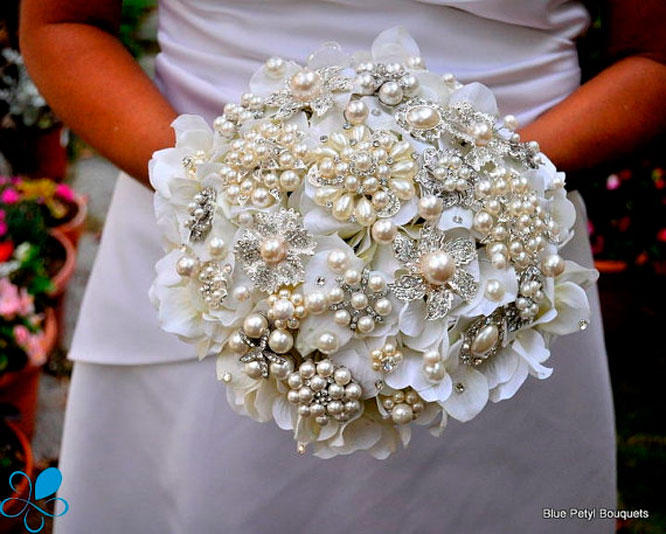 7 DIY Bridal Bouquet Ideas