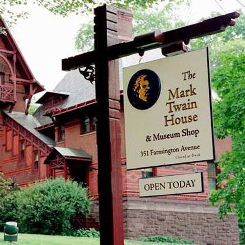 Twain-House-and-Sign