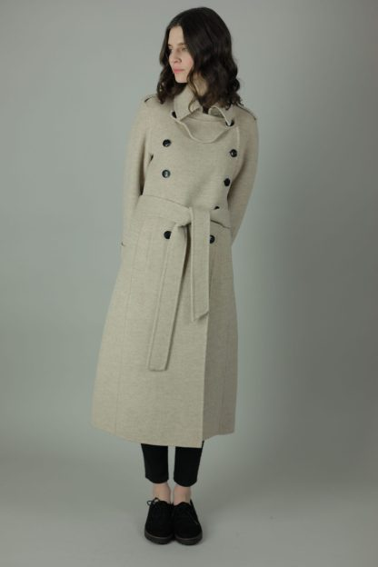 Luxury and warmth, the Alice Cashmere double wear coat is a non compromiser. Any season, any occasion this iconic style features 100% cashmere, back belt for silhouette. Front view.