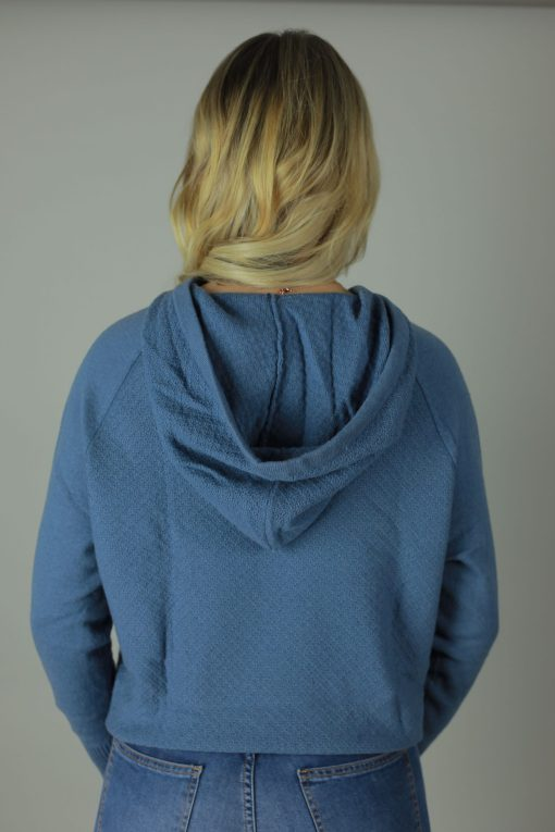 The 100% cashmere hoodies are the luxurious feel you need against your skin. Designed with comfort in mind our cashmere hoodies are rich in room, comfort, quality and colour. compliments any outfit, both light and roomy it will cool you in the summer months and leave you feeling cozy in the winter.