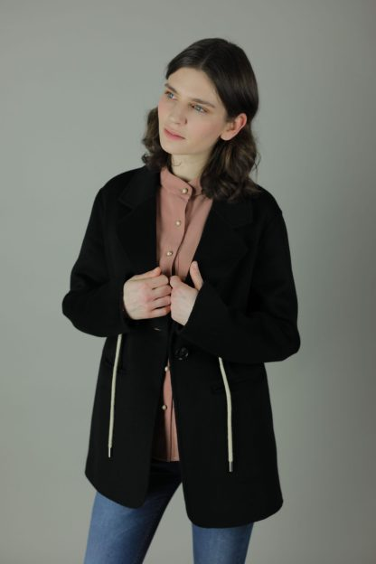 Luxurious style in The Cailin Cashmere double-face Coat for an all round look. Thigh length for casual wear, this coat features 100% Cashmere, loose fitting style and contrasting waist pulls for silhouette.