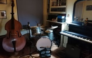 Rock & Roll business as usual at Hartley House