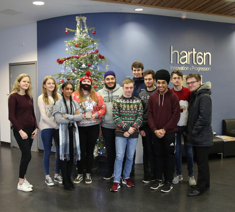 6th Form Christmas Jumpers 2018-07