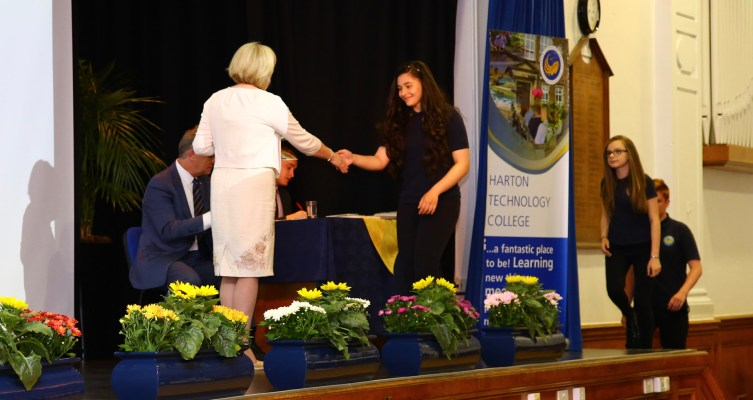 Year 9-10 Awards Evening 2017 -073