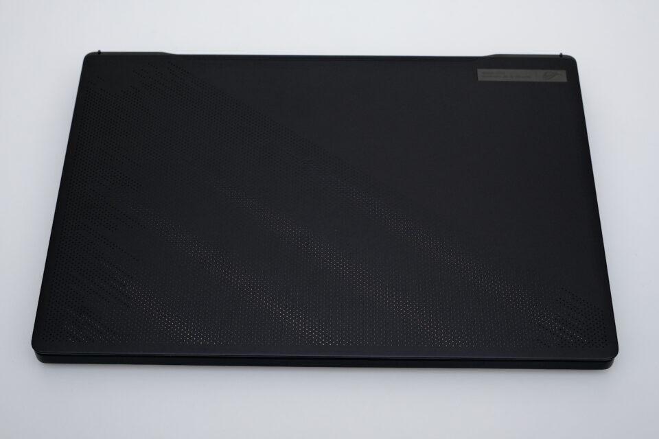 ASUS,ROG Zephyrus M16,GU603,ブログ,実写,デザイン,評価,感想