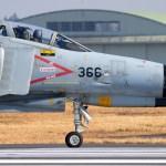 戦闘機の完全無人化は難しい。領空侵犯措置が無人機には出来ない理由。