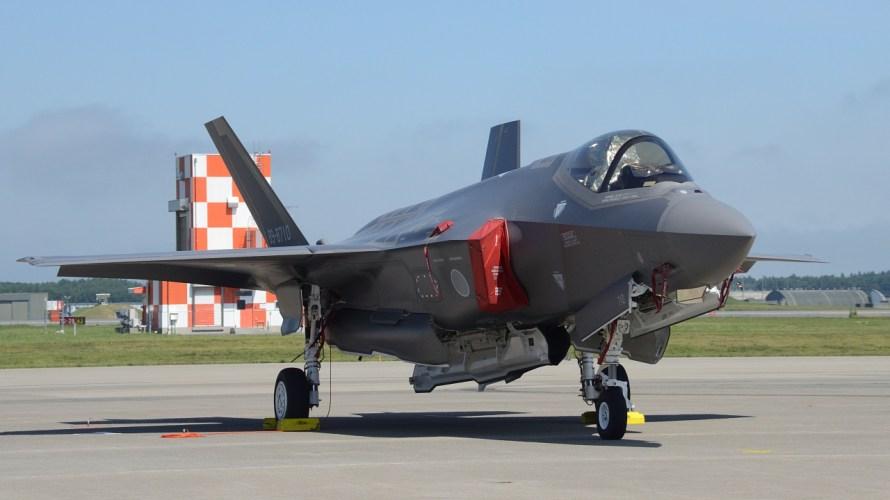 純粋な『戦闘機(要撃機)』は今や無い?軍用機のカテゴライズのややこしさ