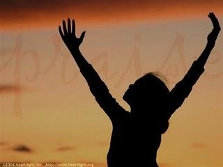 young_woman_praising