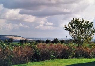 Bild: Blick von der Eichstädter Warte in die umliegende Landschaft.