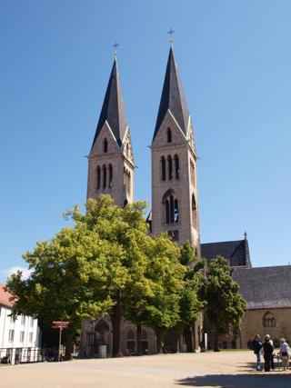 Bild: Der Dom zu Halberstadt. Hier wirkte Johann Wilhelm Ludwig Gleim als Sekretär.
