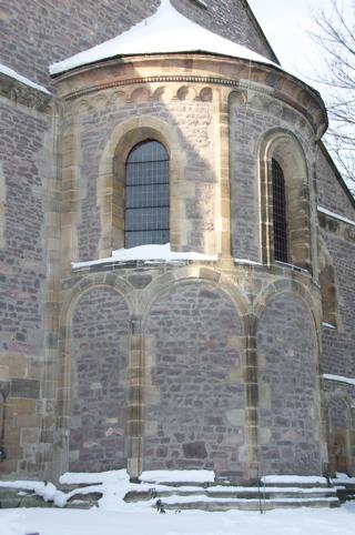 Bild: Apsis der Stiftskirche auf dem Petersberg bei Halle an der Saale.