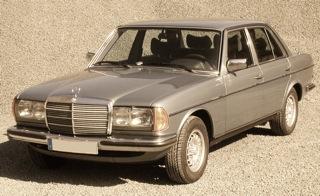 Bild: Mercedes-Benz W123. Einen solchen Mercedes könnten die Angehörigen der MMFL bei ihrem Einsatz in Halle an der Saale gefahren haben. Diese Datei ist unter der Creative Commons-Lizenz Namensnennung-Weitergabe unter gleichen Bedingungen 3.0 Unported lizenziert.Namensnennung: VBTC aus der deutschsprachigen Wikipedia.